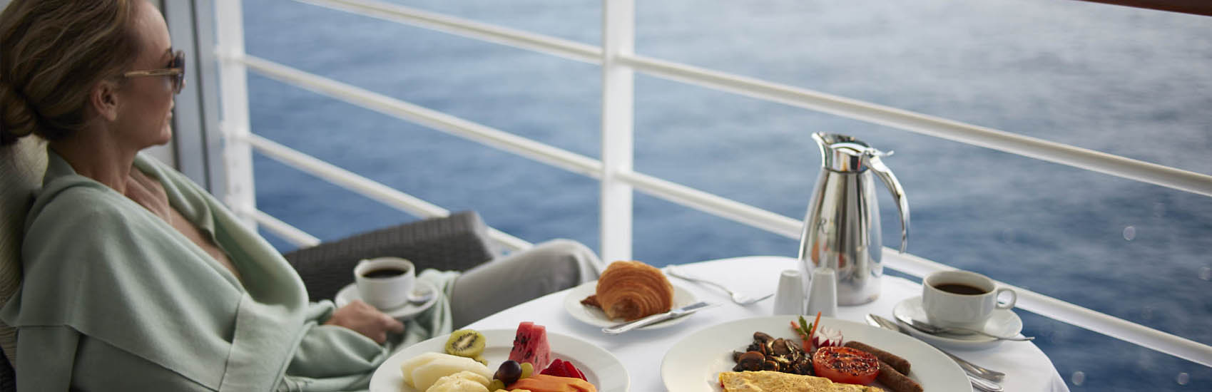 Enjoy roundtrip Airfare* and your choice of additional bonus amenities with Oceania Cruises! 1