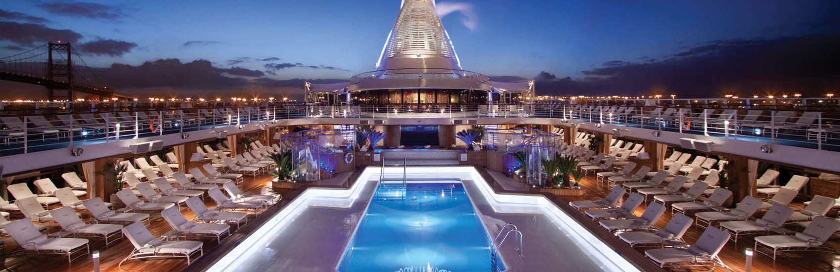 Enjoy roundtrip Airfare* and your choice of additional bonus amenities with Oceania Cruises! 2