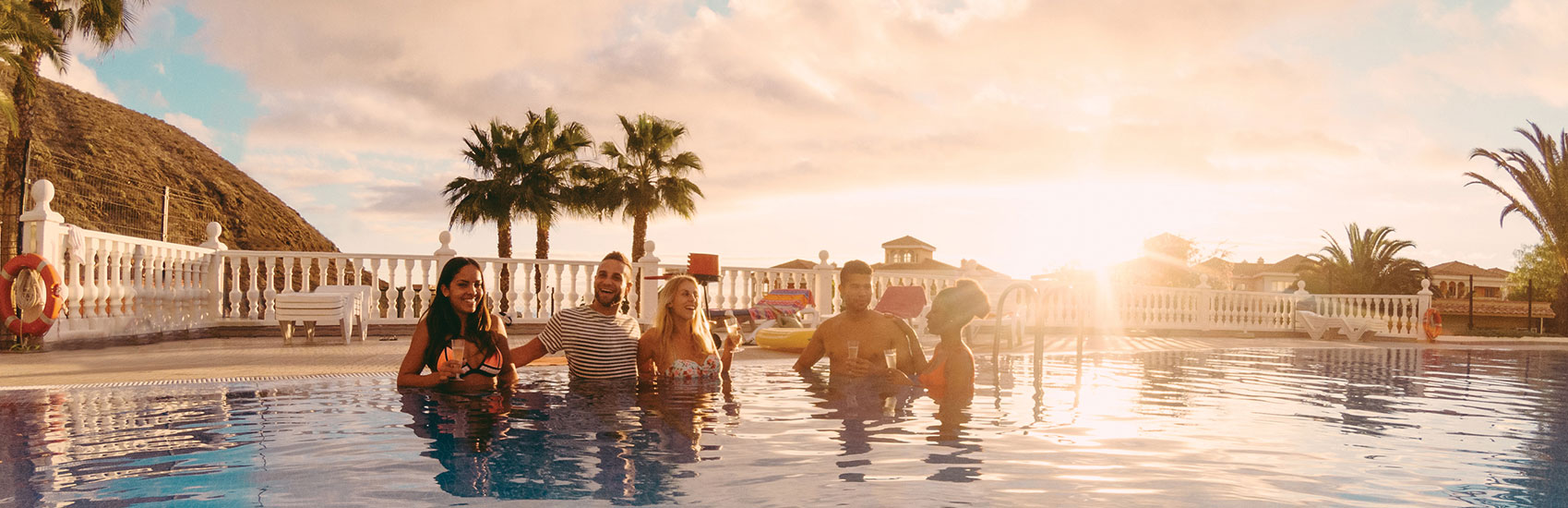 Save up to $300 per booking With Delta Vacations® 4