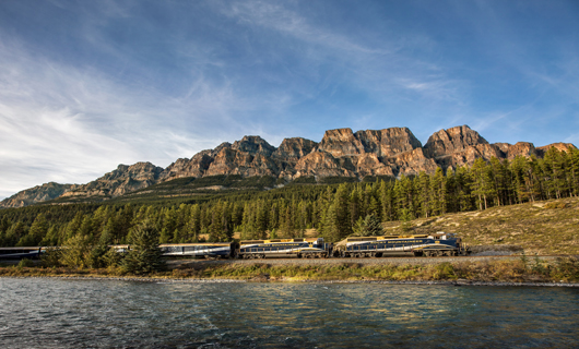 Rocky Mountaineer Peaks & Perks Offer