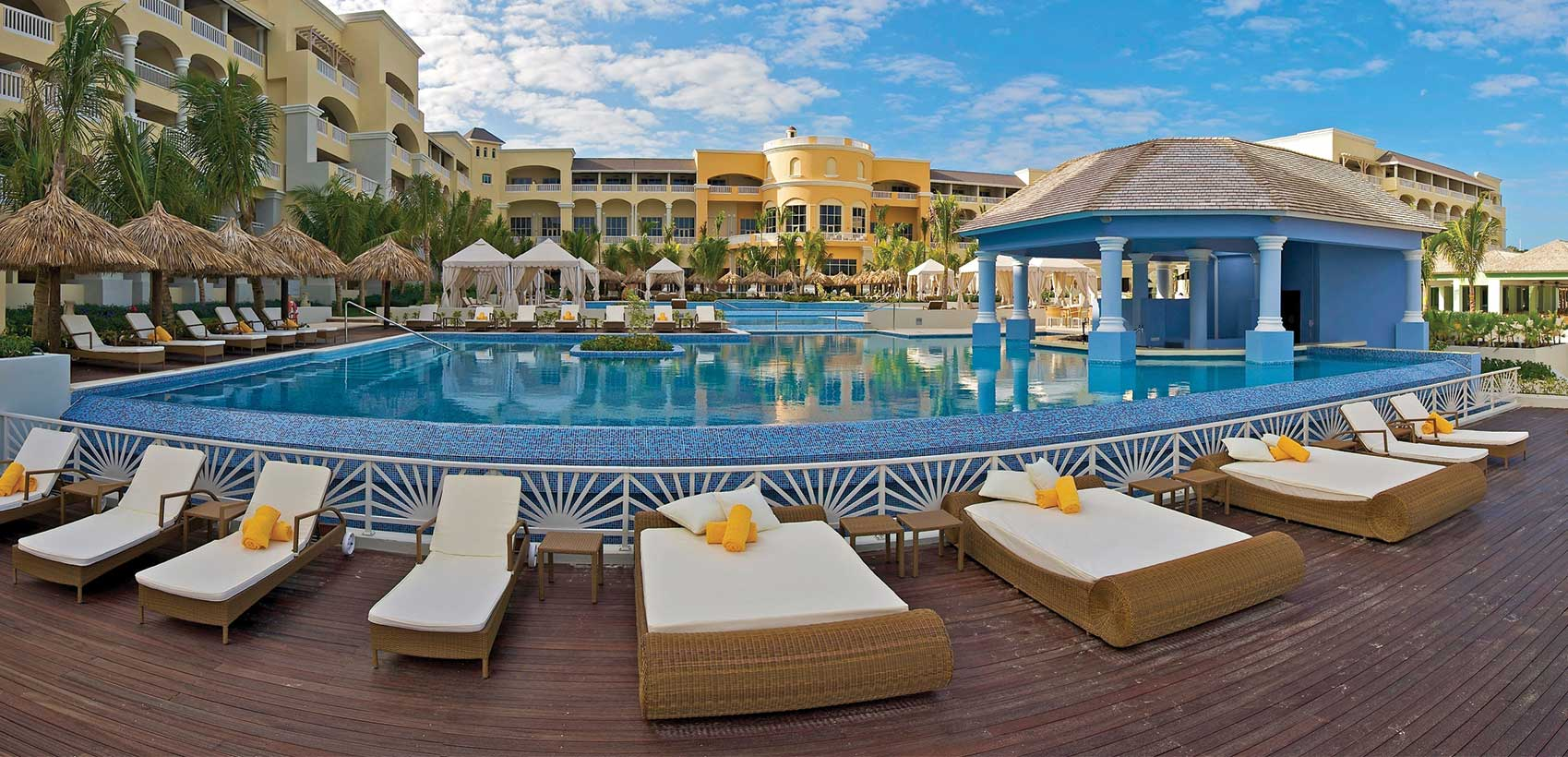 Save with WestJet Vacations on select Iberostar Hotels and Resorts 3
