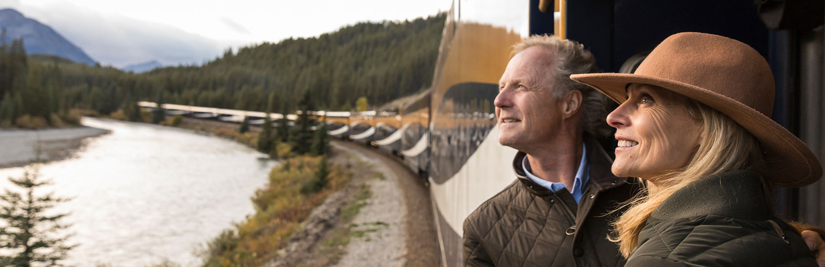 Tout le monde à bord du train Rocky Mountaineer en 2021!