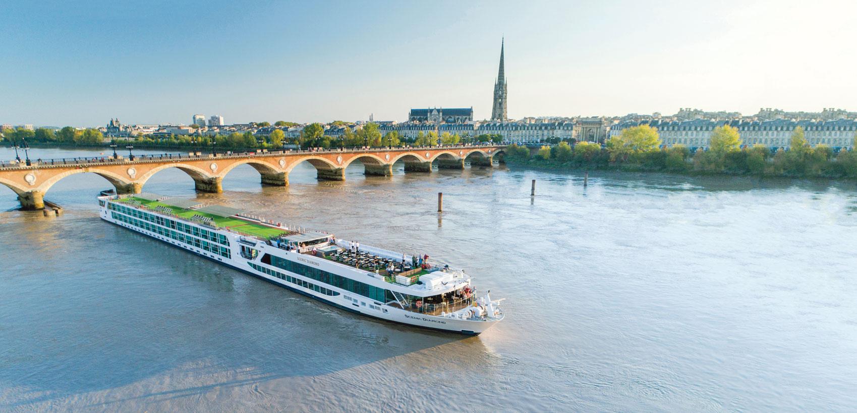 Solde « Célébrez l'été » de Scenic Luxury Cruises & Tours