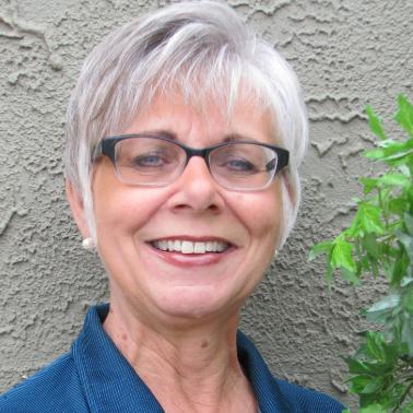Lynn Holinski